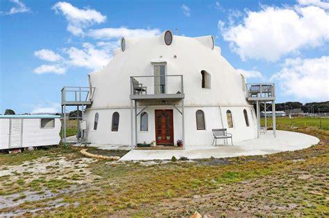 place  dome spacious dome home  sale  australia monolithic dome institute