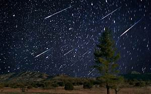 Tonight's Spectacular Meteor Shower Will Fill the Sky With ...