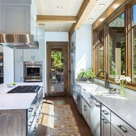 how to paint veneer kitchen cabinets how to paint kitchen laminate cabinets 8822