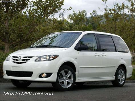 Mazda MPV mini van - Cars in Kauai