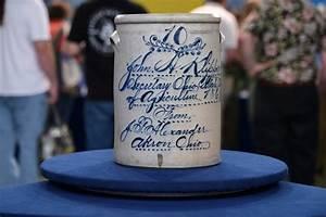 Mirek Smí Ek Salt Glazed 1868 Ohio Salt Glazed Stoneware Crock Antiques Roadshow