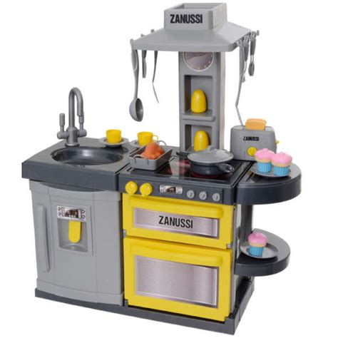 play kitchen accessories zanussi cook and play kitchen toys zavvi 4942