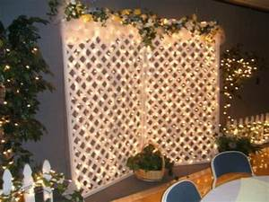 Tips for decorating your lattice for Decorating a trellis for a wedding