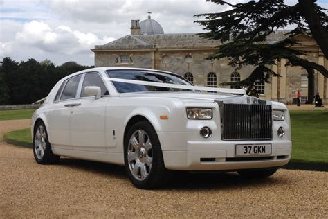 luxury cars rolls royce rolls royce phantom cars luxury things