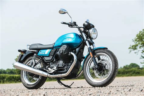 Review Moto Guzzi V7 Iii by Three S The Magic Number For The Updated Moto Guzzi V7 Iii