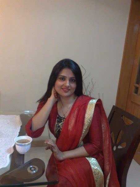 Lucy Nine Indian Tamil English Pakistani Sexy Desi