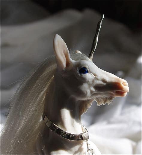 freaky unicorn sculptures   nightmares  bit