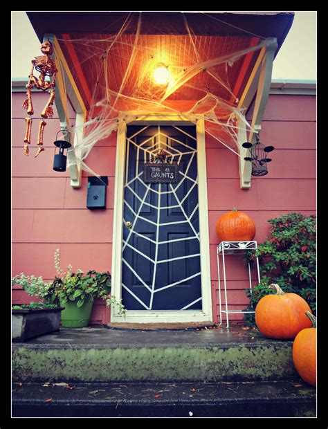halloween front door   family chapters