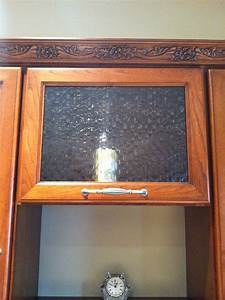 The Benefits and Challenges of Glass Front Cabinets - Part I