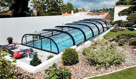 abri de piscine rideau votre fabricant d abris de piscine en aluminium
