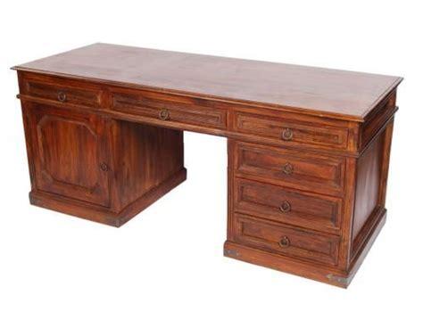 bureau palissandre 6 tiroirs et une porte