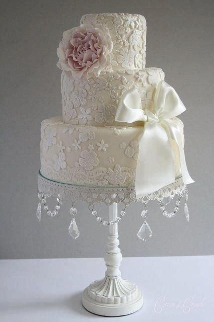 Vintage Elegant Lace Applique Cream Ivory 3 Tier Wedding