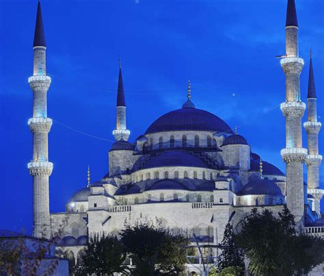 Blue Mosque Istanbul In Turkey ~ Luxury Places