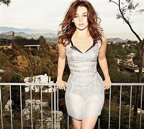 Emilia Clarke Weight Loss Diet And Exercise Tips