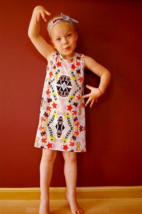 stoff auf stoff kleben wenn kinder mandalas auf stoff zeichnen stoff vom stoff schmie de