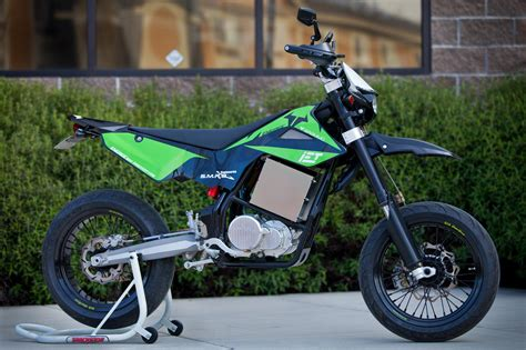 brammo launches dirt bike product line features integrated electronic transmission iet