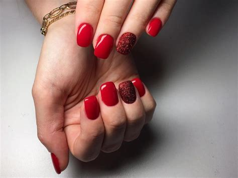 Short Red Nails With Glitter Accent Nail