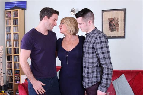 two horny dudes doing a very naughty british housewife at granny sex pics