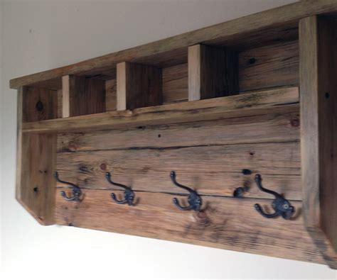 farmhouse coat hanger  pallet wood  pictures