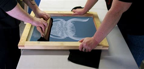 how to print on silk low budget screen printing a newbies guide go media 183 creativity at work