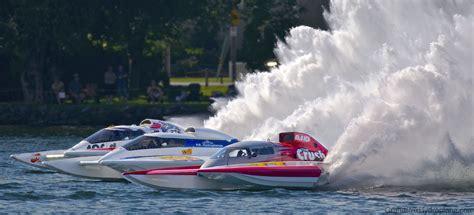 hydroplane racing  gates valleyfield july hydroplane