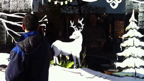 d 233 coration de vitrine de noel en peinture tel 0621451997 mr lotfi bouhafs artiste peintre