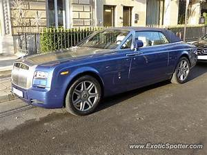 Rolls Royce France : rolls royce phantom spotted in paris france on 01 24 2015 ~ Gottalentnigeria.com Avis de Voitures