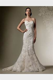 fitted wedding gowns fitted lace wedding dress