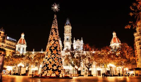 images of christmas in spain it s beginning to look a lot like as season starts in spain the local