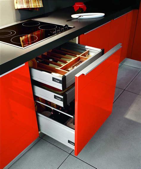kitchen drawer design reforma tu cocina peque 241 a pero funcional 1581