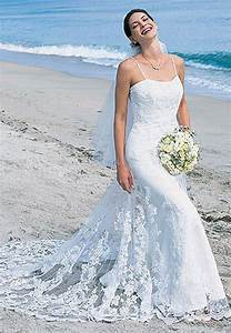 5 styles of romantic wedding dresses With spaghetti strap beach wedding dress