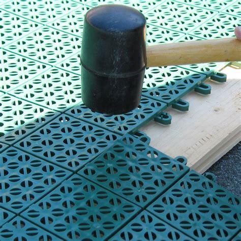 tappeti in plastica pavimento plastica per giardino autobloccante e drenante