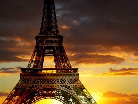 A Parigi by Illuminations De