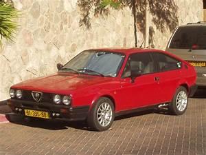 Alfa Romeo Sprint : alfa romeo sprint overview cargurus ~ Medecine-chirurgie-esthetiques.com Avis de Voitures