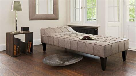 Sofa-alternativen: Kleine Möbel Erobern Die Wohnzimmer