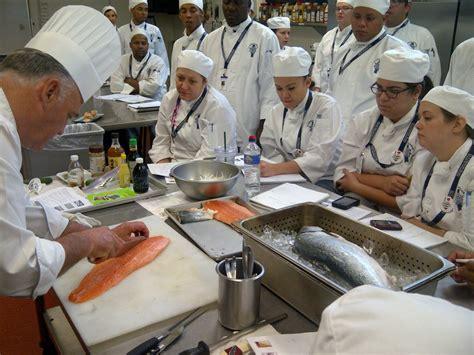 ecole de cuisine ile de danemark une école hôtelière condamnée à payer une