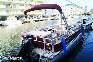 Custom Pontoon Boat Party
