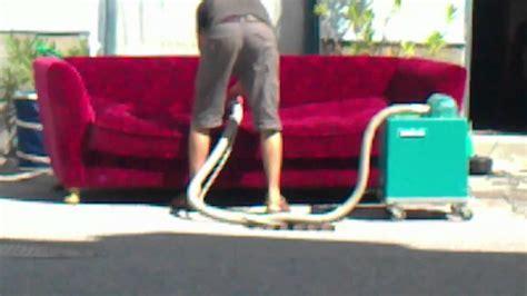 sofa reinigen video sofa reinigung bretz youtube