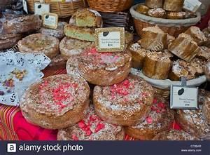 Frankreich Essen Spezialitäten : paris frankreich franz sisch essen festival st pourcinois franz sische lokale ~ Watch28wear.com Haus und Dekorationen
