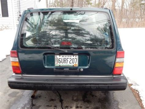 find   volvo  wagon blue green  moody