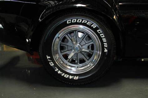 sell  american racing shelby knock  wheel set