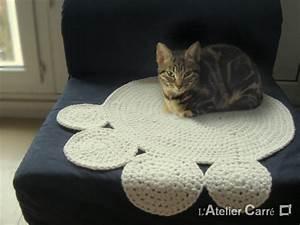 Tapis Pour Chat : petit tapis rond ~ Teatrodelosmanantiales.com Idées de Décoration