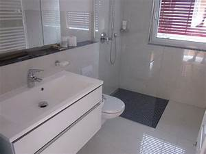 Bad Erneuern Kosten : badezimmer umbauen ideen ~ Markanthonyermac.com Haus und Dekorationen