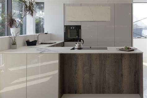 Leicht Küchen Avance  BÖhm Interieur Abverkauf