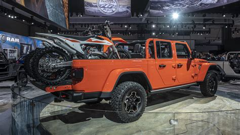 2020 jeep truck 2020 jeep gladiator truck s specs and photos