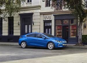 Opel Ampera Commercialisation : chevrolet volt fiche technique prix commercialisation ~ Medecine-chirurgie-esthetiques.com Avis de Voitures
