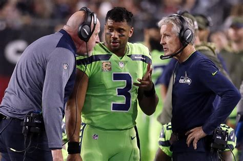 seahawks fined   violating concussion protocol