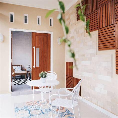 teras rumah minimalis  ornamen  motif keramik