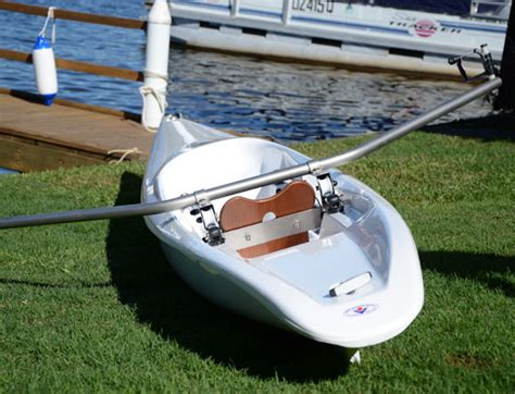 Skiff Light Virus Boat by Nos Skiffs Virusboats Le Fabriquant De Bateaux D Aviron