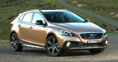 Volvo V40 Cross Country Photo by Volvo V40 Cross Country Pricing And Specifications